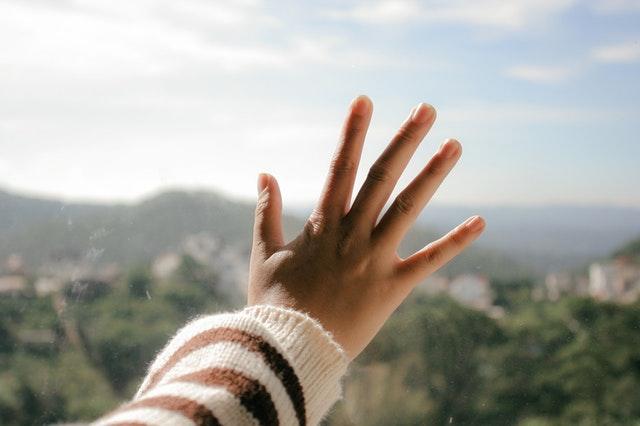 Number-Five-Fingers