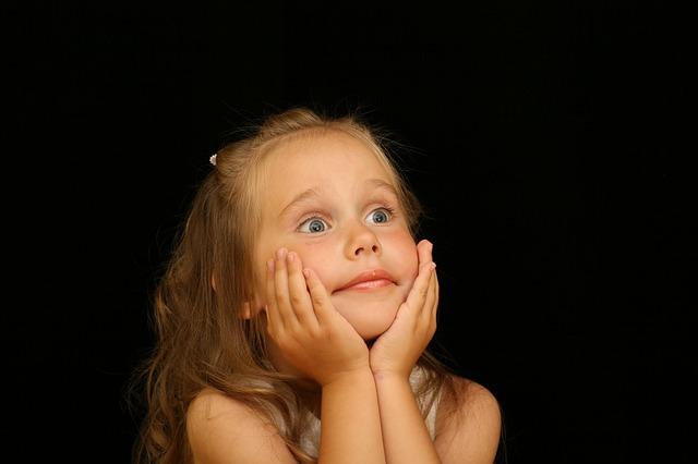 kid-surprised